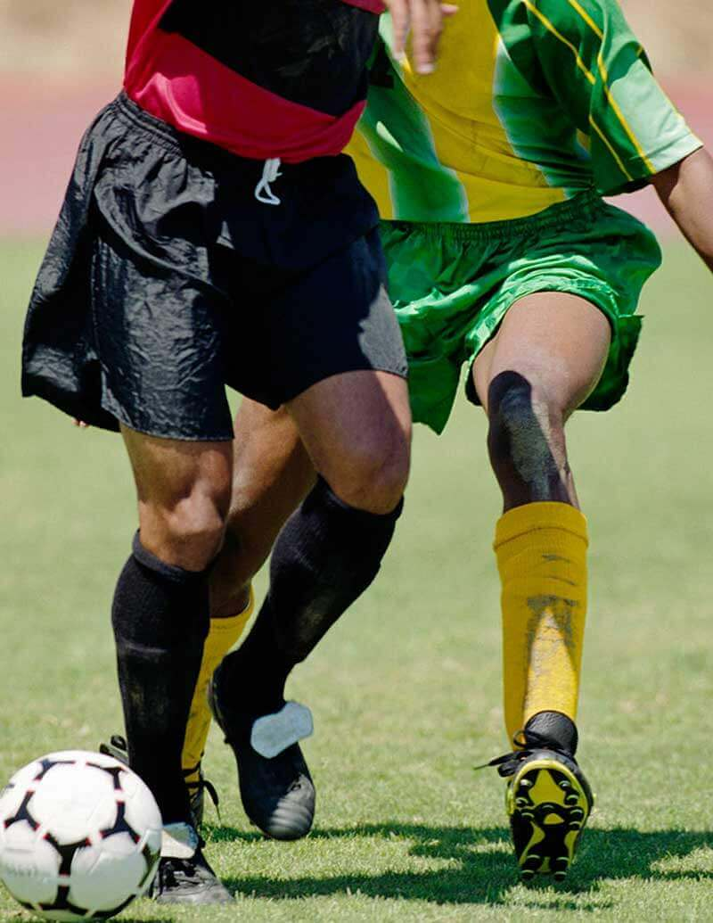 fotbalisti s loptou